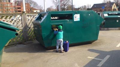 Återvinningsstationer
